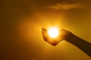 sun on hand gesture